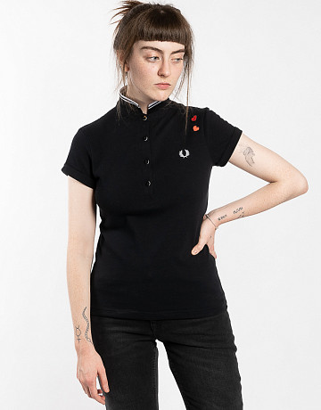 Фото Женское поло Fred Perry x Amy Winehouse Hearts Black